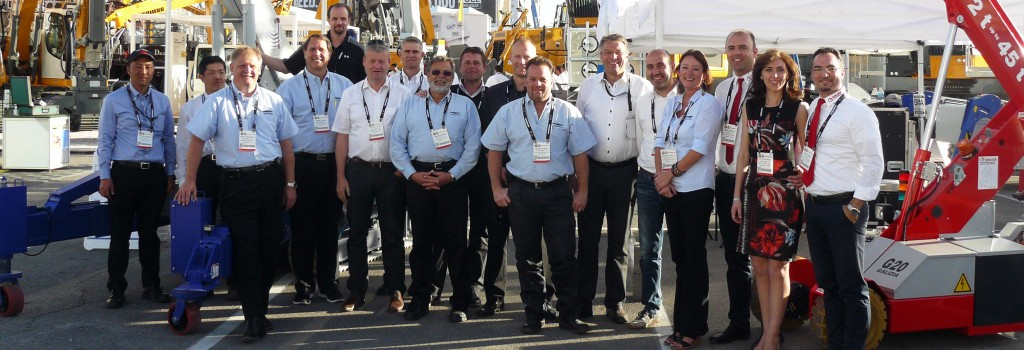 reachmaster crew at conexpo 2014 narrow